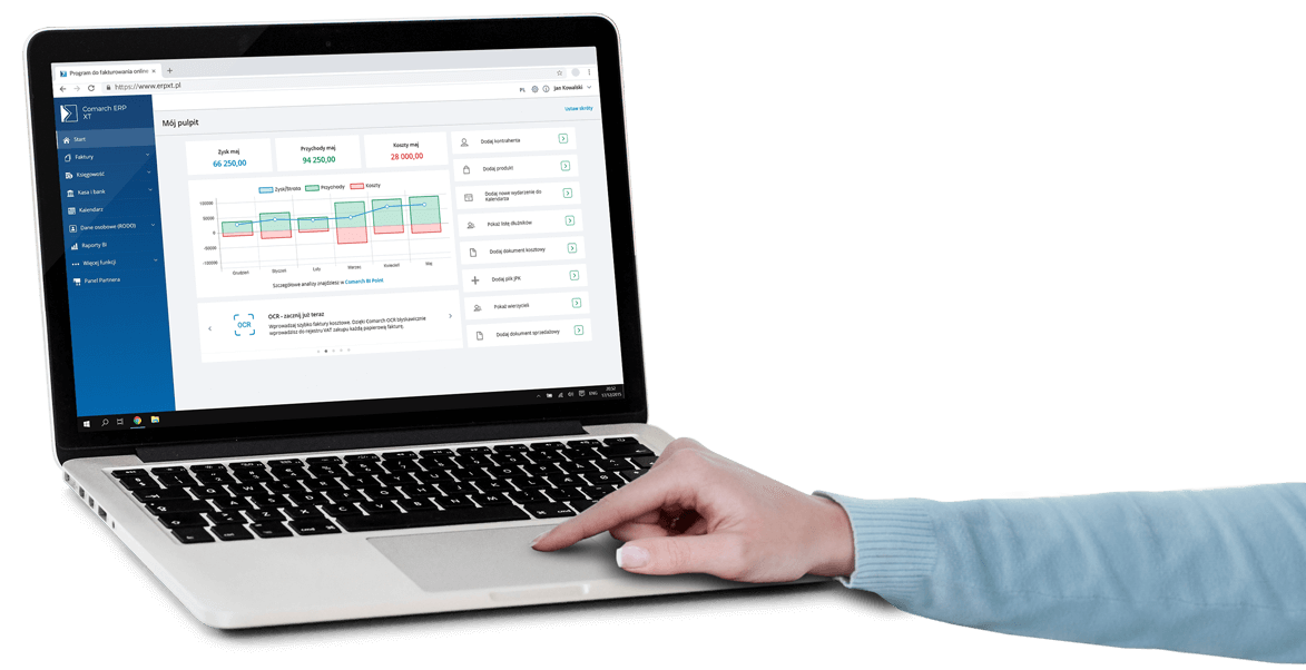 Dashboard programu Comarch ERP XT na laptopie